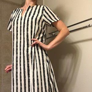 Black and White Classy Knee-Length Dress